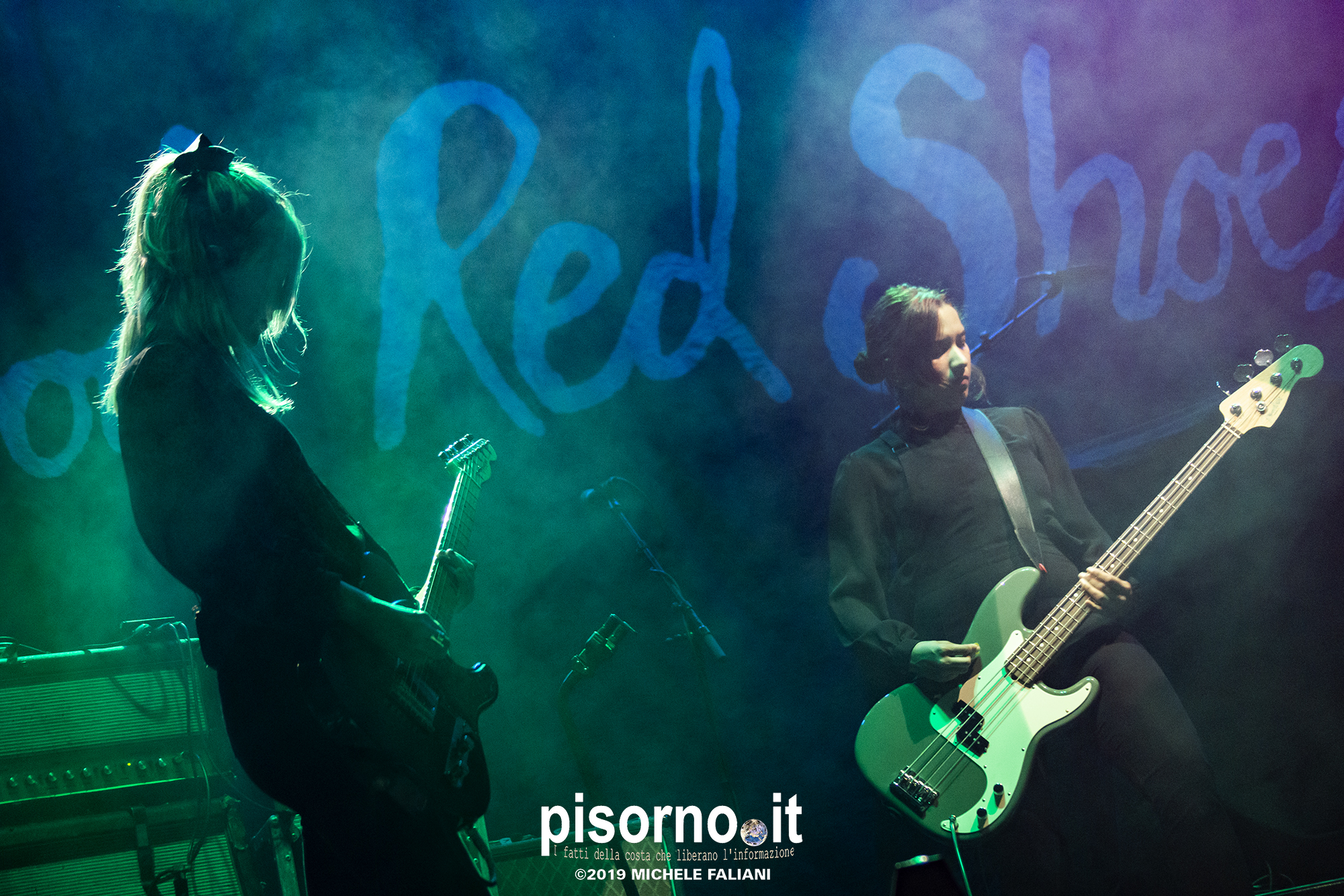 Blood Red Shoes live @ PalaDozza (Bologna, Italy, October 11th 2019)