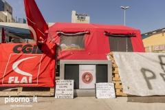 Al presidio dei lavoratori di Grandi Molini Italiani di Livorno