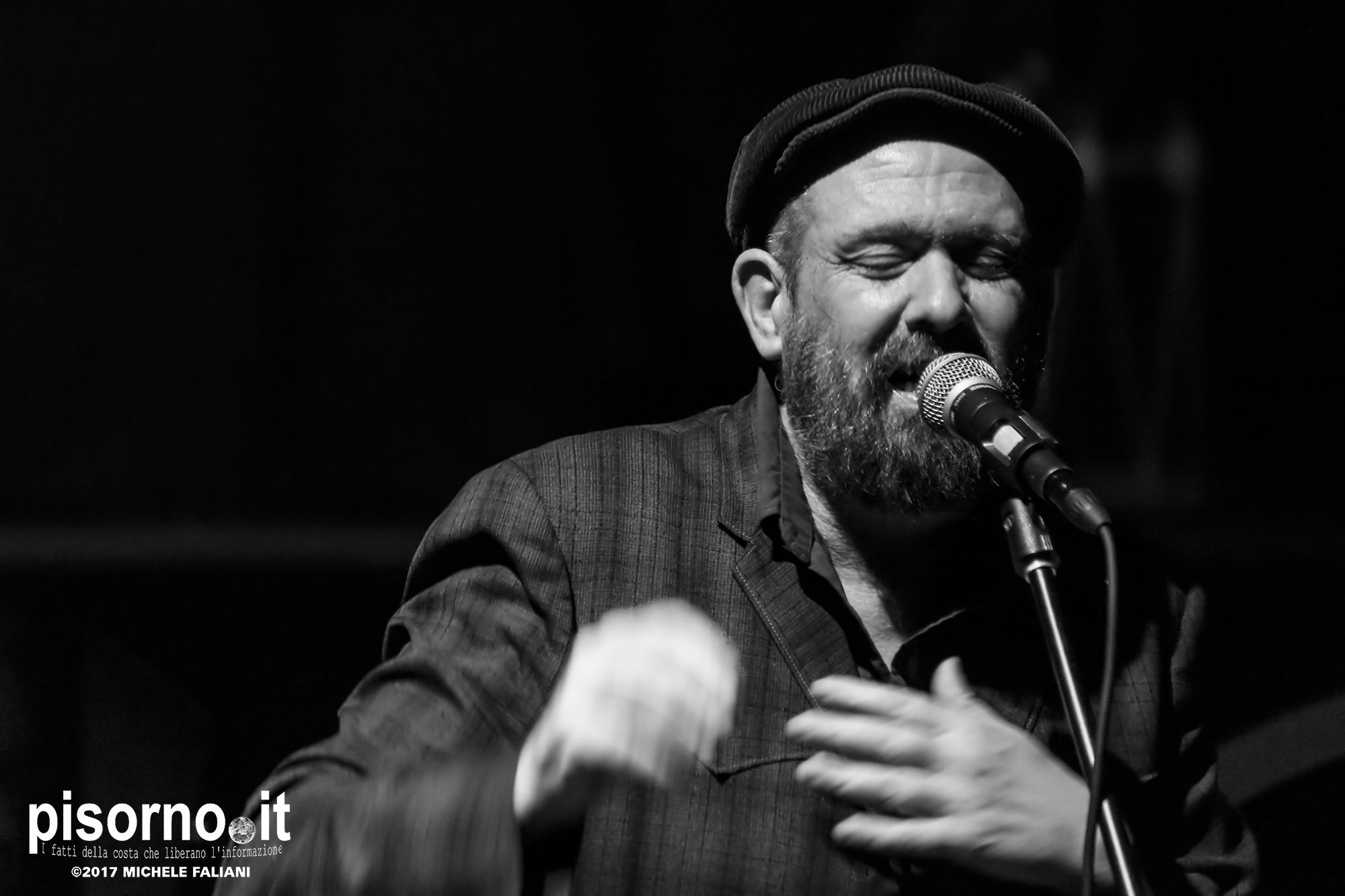 Mark Eitzel live @ Ex Cinema Aurora, Livorno, Oct. 21st 2017