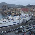 Traghetti e navi