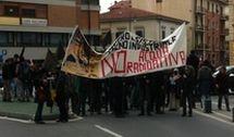 Nucleare: anarchici in corteo a Pisa, vandalismi e proteste