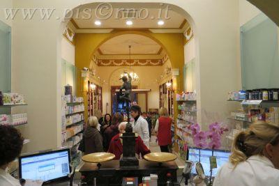 Brindisi per il restauro dell 39 antica farmacia san jacopo for Ditte traslochi livorno