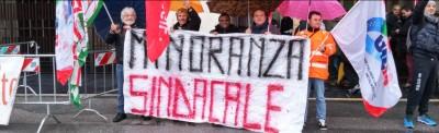 Piombino minoranza sindacale sotto prefettura Livorno