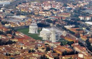 1280px-Pisa_-_veduta_aerea