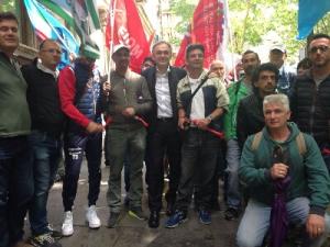 Rossi con operai toscani a Roma