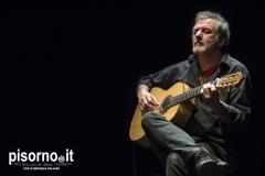 Roberto Vecchioni live @ Teatro Della Pergola (Firenze, 1 Aprile 2015)05